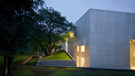Head Hand Tod Williams And Billie Tsien Architects The