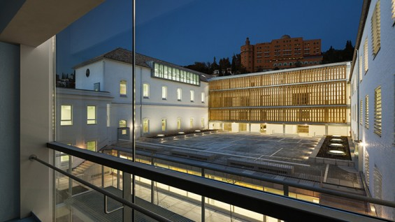 School of Architecture in Granada - Architect: Víctor López Cotelo, Photograph: Lluís Casals
