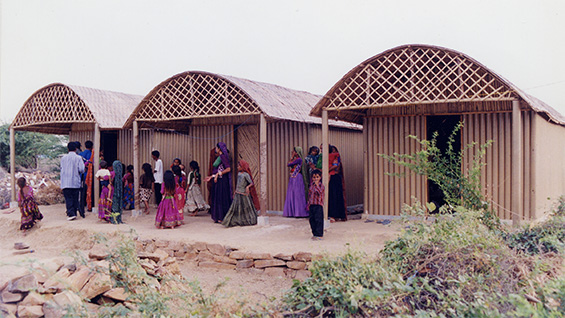 Paper Log House, 2001, Bhuj, India. Photo by Kartikeya Shodhan