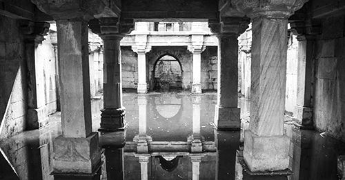 Online Exhibition | Stepwells of Ahmedabad
