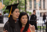 Minh Bui A'17 with her mother