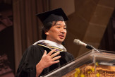 Shigeru Ban delivers the commencement address